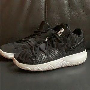Size 6 1/2 Nike Kyrie